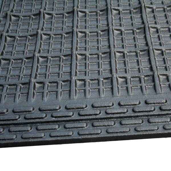 Kraiburg KIM individual stall mats sealing lip.
