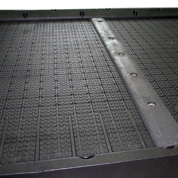 Kraiburg maxiBOX stall mat 4 component system profile view.