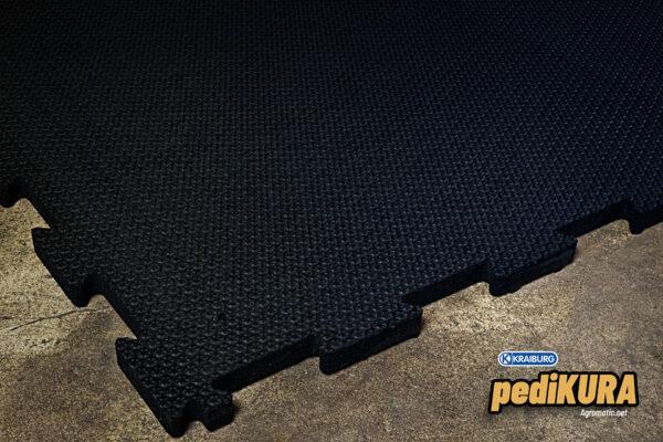 KRAIBURG pediKURA slip-resistant rubber flooring.